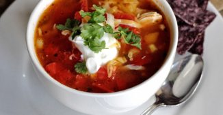 Crockpot: 6 Ingredient Chicken Salsa Soup